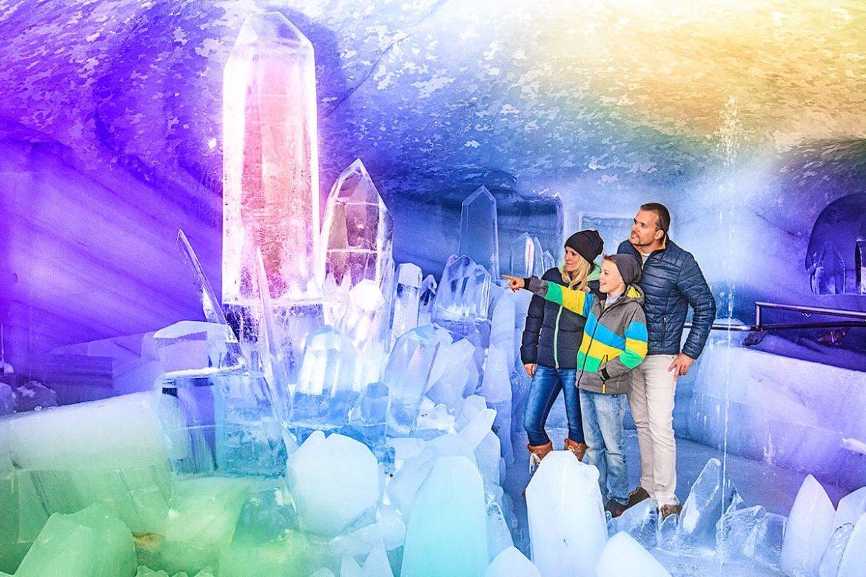 Eispalast am Dachstein-Gletscher